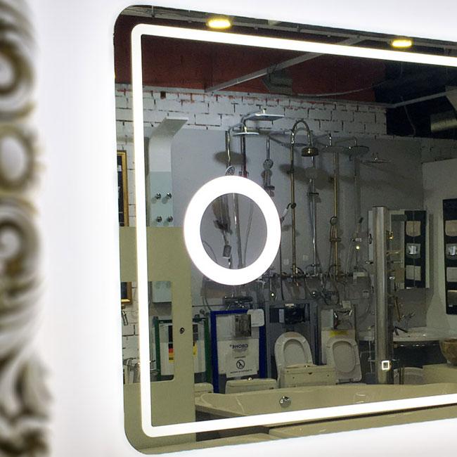 Косметическая линза на зеркале для ванной с подогревом