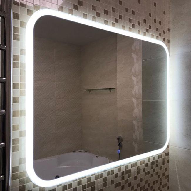 Подсветка на зеркале для ванной с подогревом